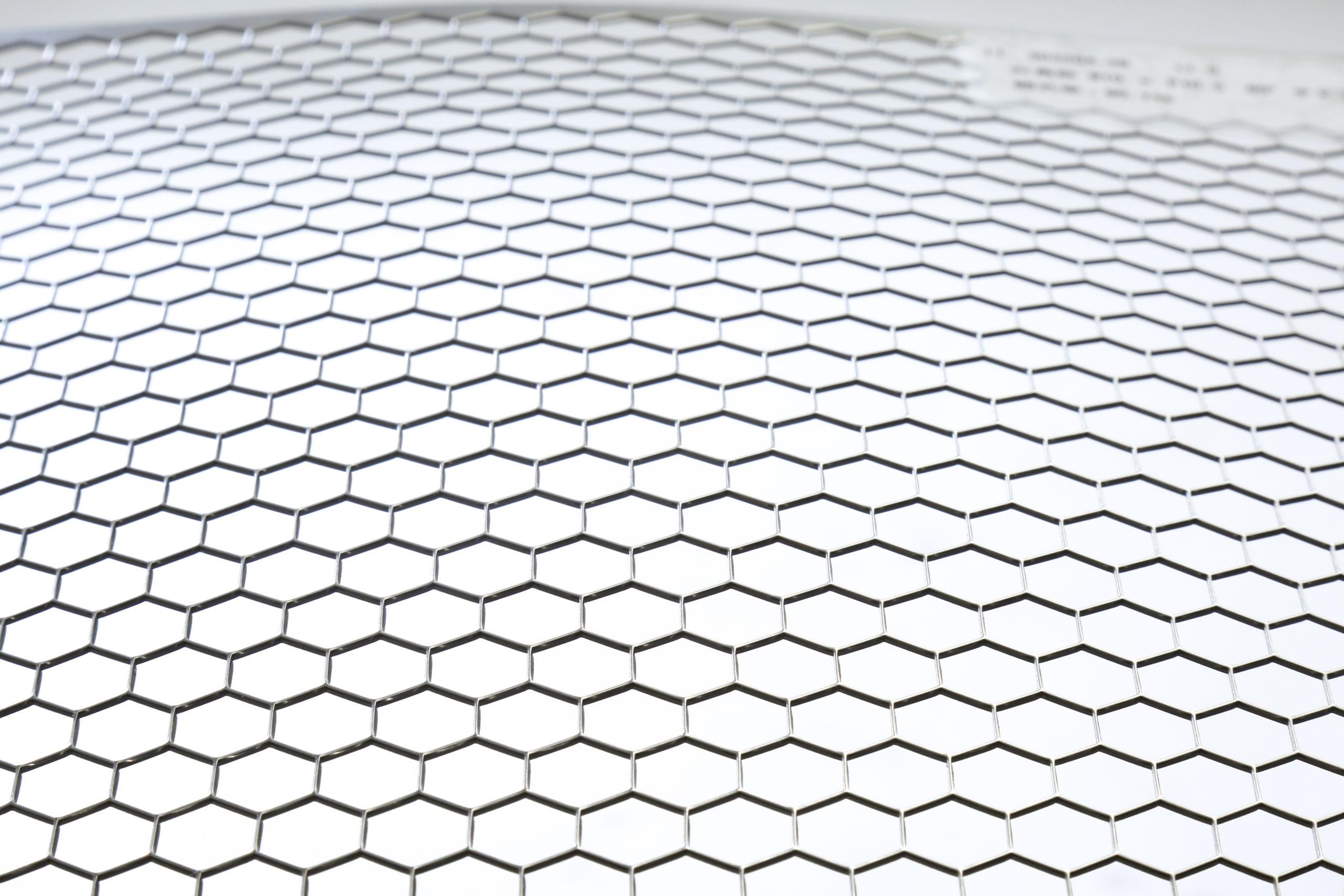 SUS 304-2B t1.0 六角形 W10×P10.5 60°チドリ 開口率:90.7%