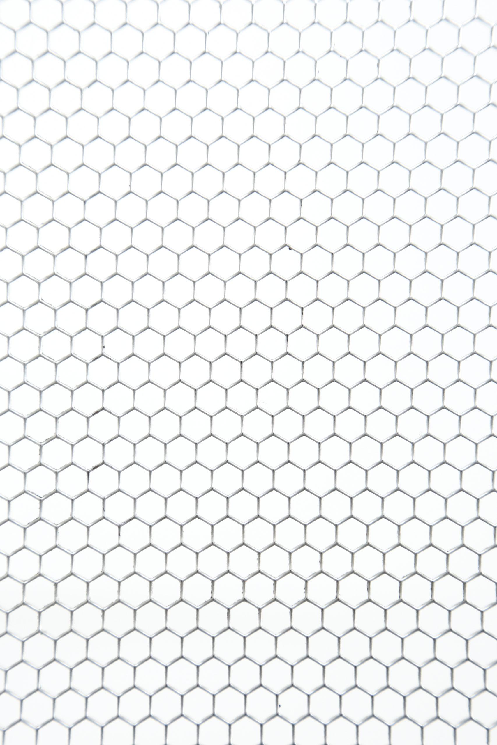 SUS 304-2B t1.5 六角形 W6×P6.7 60°チドリ 開口率:80.2%